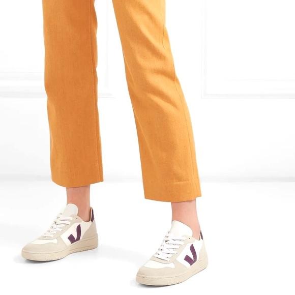 Empresario Reina Fuera de borda  Veja Shoes   Veja V Sneakers Size 7 As Seen On Emma Watson   Poshmark